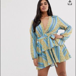 Plus size chic dress chain print flowy feeling